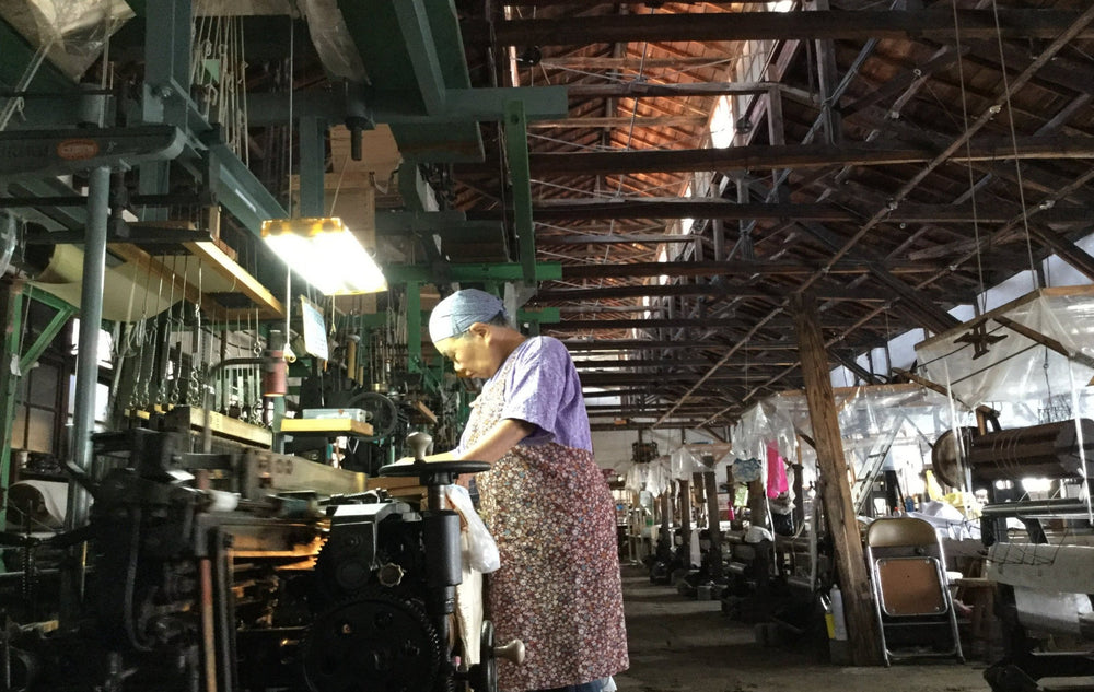 Let's travel back in time to 1887 and visit Velvet factory for unique production method - 洛Concierge