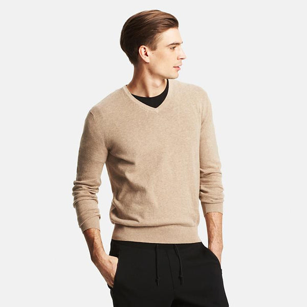 MEN COTTON V-NECK SWEATER