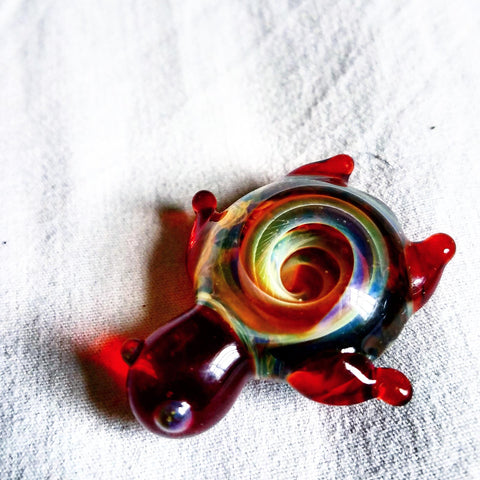 Red Glass Turtle w/ Vortex Unique Artwork Brim Pin - The Mad Genius Store