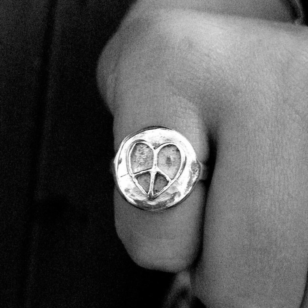 Unique peace heart pinky ring