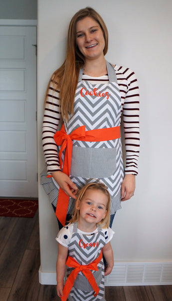 Women's & Kid's Coral Chevron Apron Combo - Embroidered