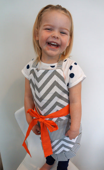 Kid's Coral Chevron Apron