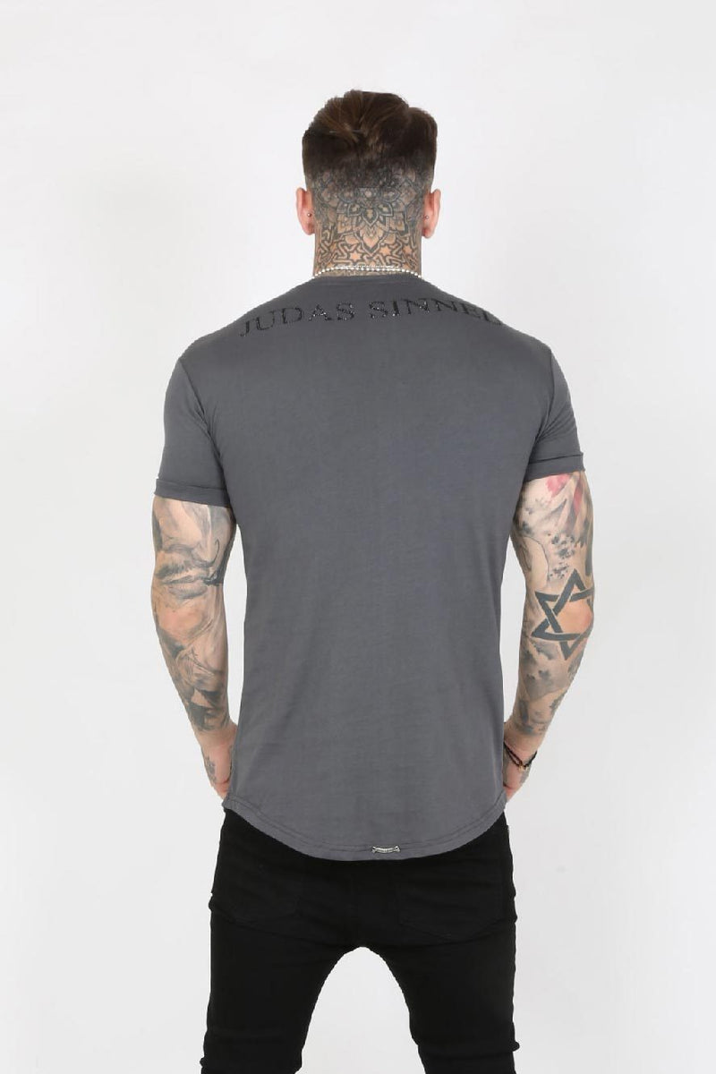 Judas Sinned Junio Crystal Skull Men's T-Shirt - Grey - Judas Sinned Clothing