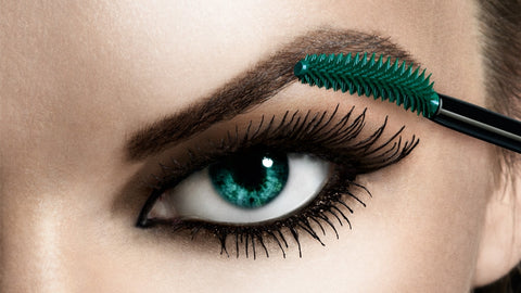 how-to-create-gorgeous-eyes-in-5-easy-steps-mascara