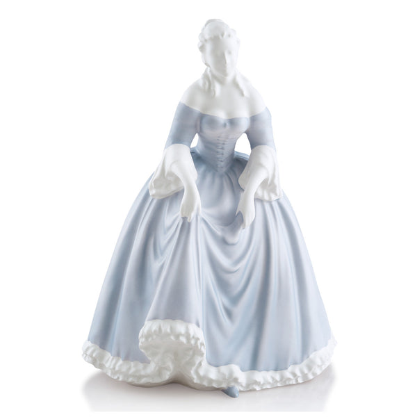 Royal dame ceramic figurine