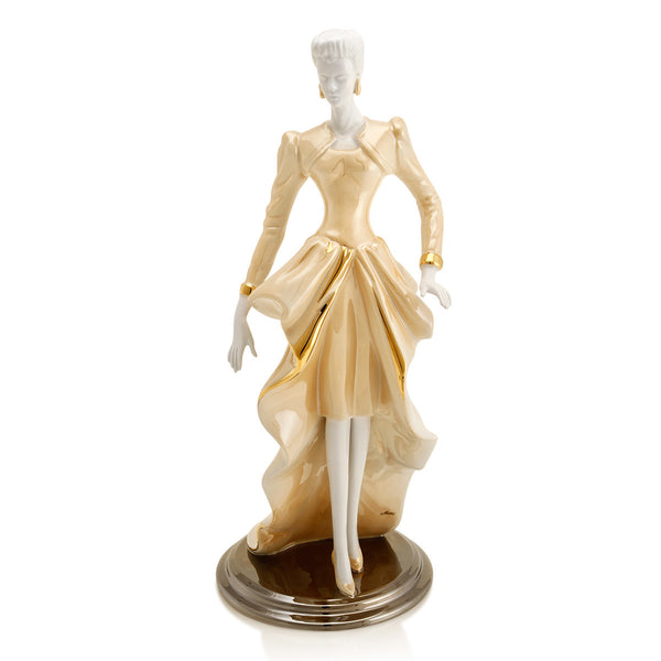 Ceramic figurine | Elegance woman