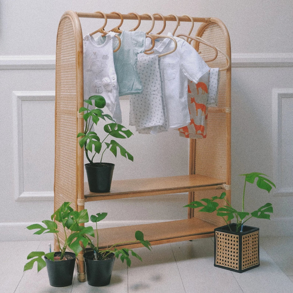 Children's Clothing Rack