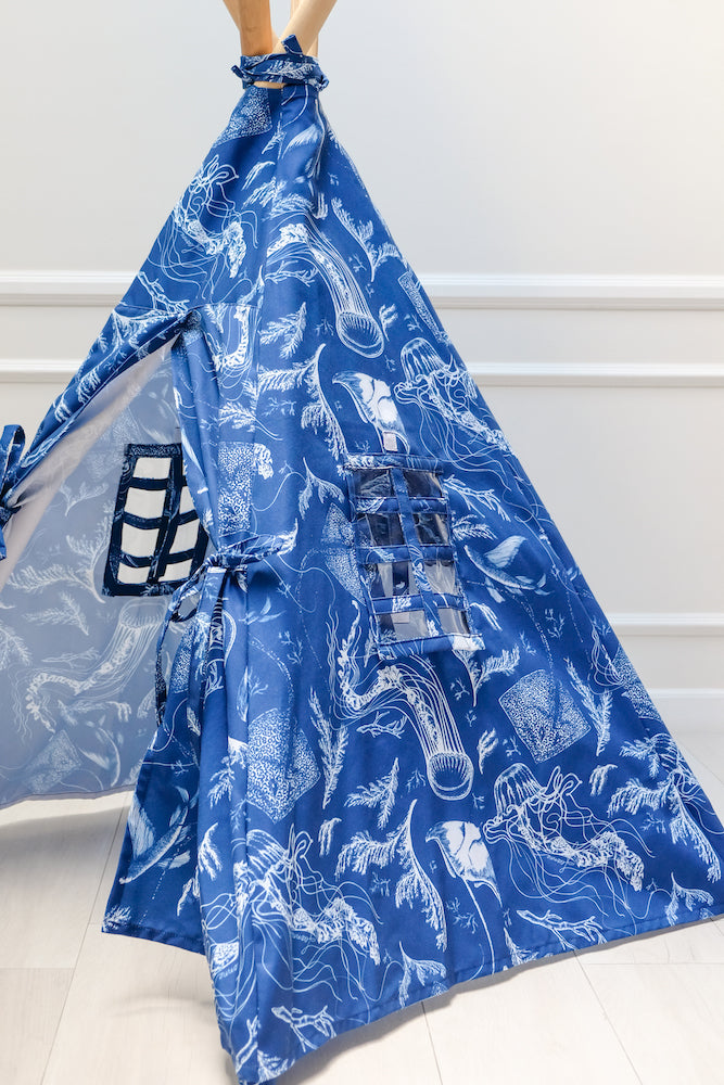 Teepee with Feanne Print