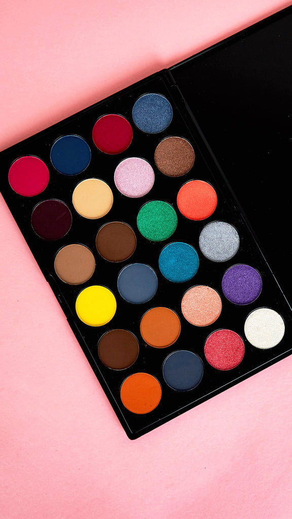 Hollywood 24 Shade Eyeshadow Palette