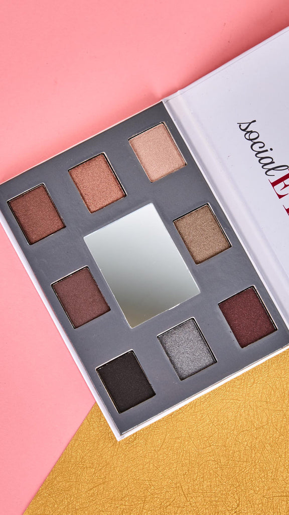 Social Eyes Eyeshadow Palette