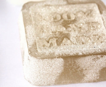"How To Prevent ""Glycerin Dew"" On Melt & Pour Soap"