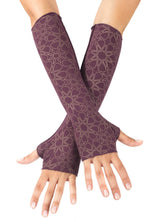 Load image into Gallery viewer, Womens Rayon Jersey Starseed Print Fingerless Gloves in Plum and Gold