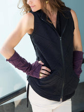 Load image into Gallery viewer, Womens Fleece Texture Fingerless Gloves in Plum with a Polar Fleece Texture Hooded Vest in Black