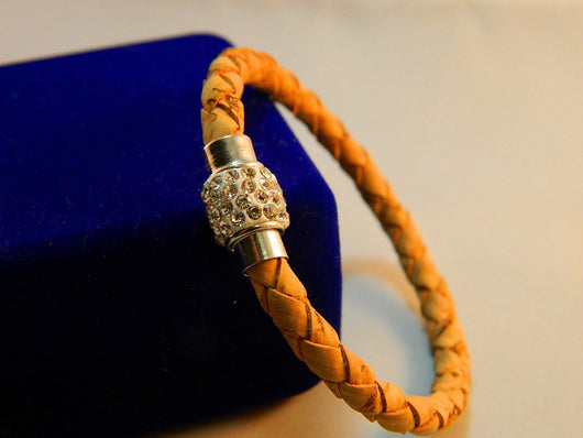 Women's Bracelet with Rhinestone and Magnetic clasp, Handmade from Portuguese cork - ECO-ISTS