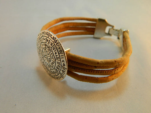 Round Charm Unisex Bracelet, Handmade from Portuguese cork and with Geometric Design - ECO-ISTS
