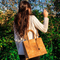 Simple square cork shoulder bag with no frills. - ECO-ISTS