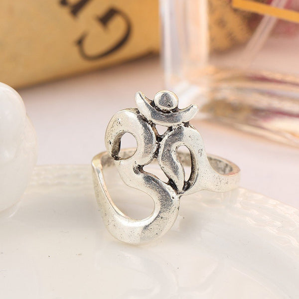 The Crystal Ring Set
