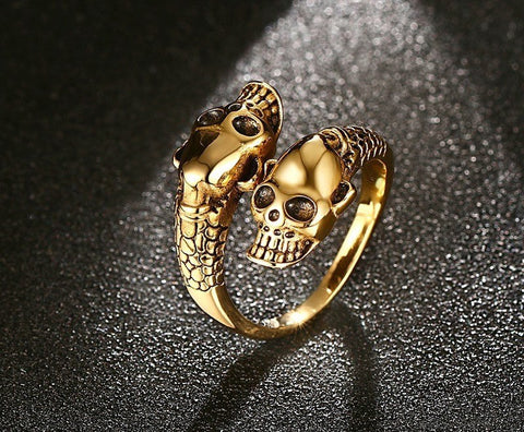 The Serpentine Skull Ring - The Moonlight Society