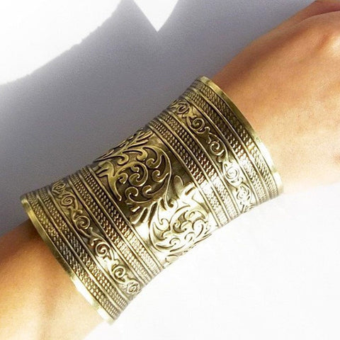The Tibetan Arm Cuff - The Moonlight Society