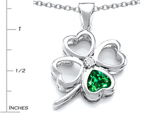 Star K 7mm Heart-Shape Simulated Emerald Lucky Clover Heart Pendant Necklace Sterling Silver