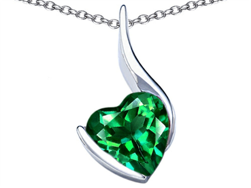 Star K 10mm Heart-Shape Simulated Emerald Heart Pendant Necklace Sterling Silver
