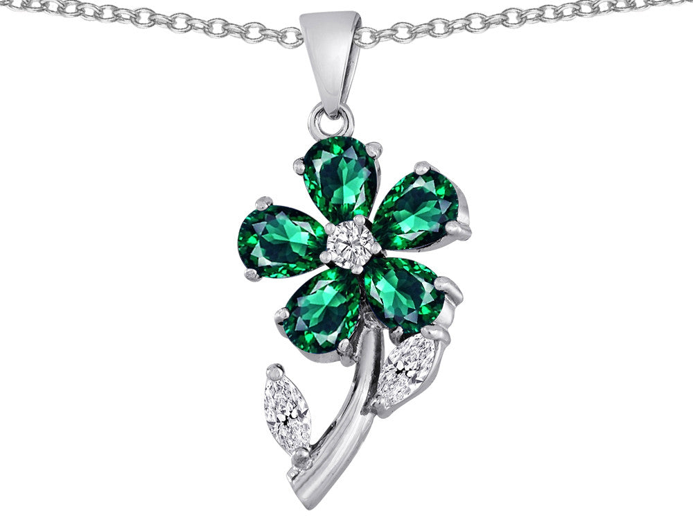 Star K Simulated Emerald Flower with Leaves Pendant Necklace