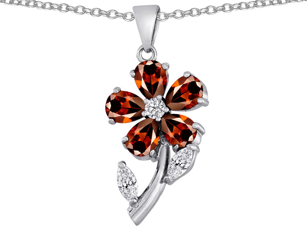 Star K Simulated Garnet Flower with Leaves Pendant Necklace