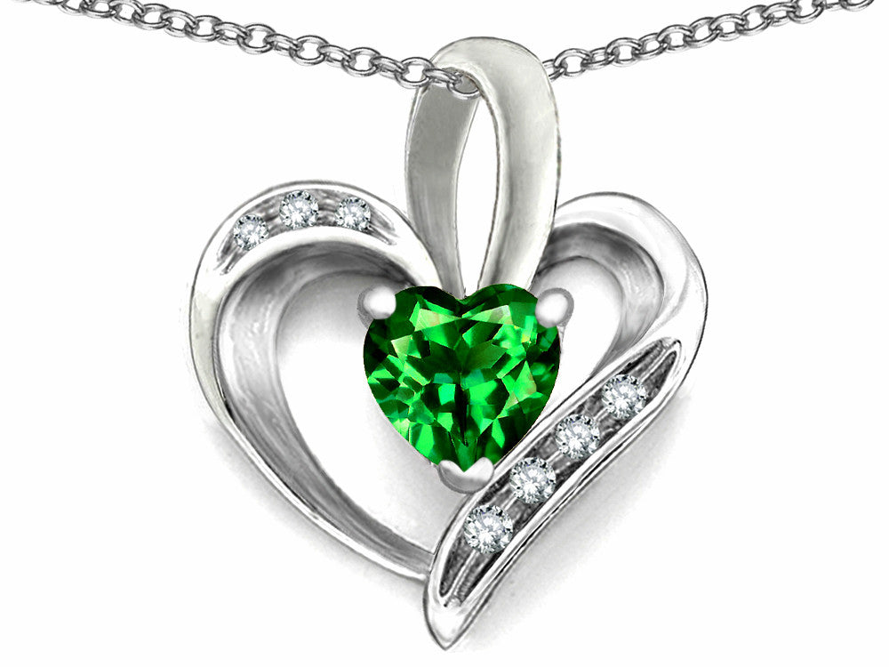 Star K Heart Shape 6mm Simulated Emerald Pendant Necklace