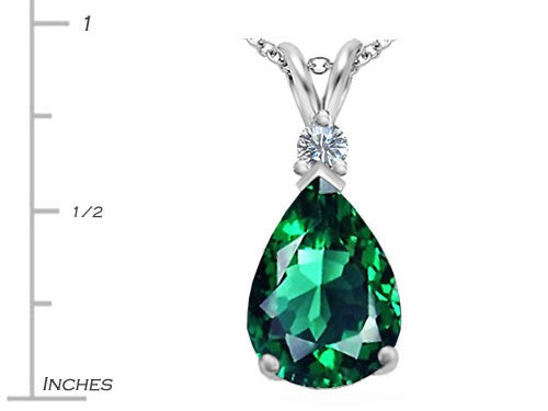 Star K Large 14x10mm Pear Shape Simulated Emerald Pendant Necklace