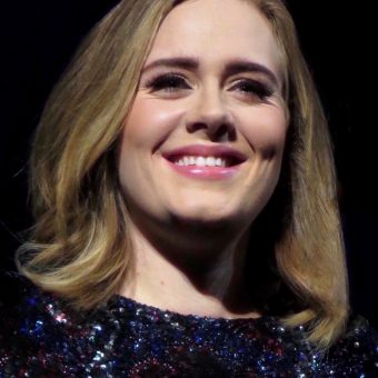 Adele-is-smiling