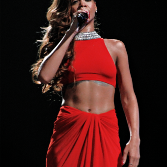 Rihanna-wears-a-red-outfit
