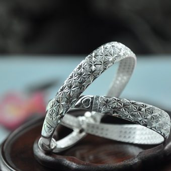 Pair-of-silver-bracelets