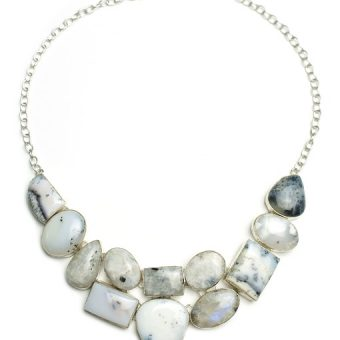 Necklace-with-white-gemstones