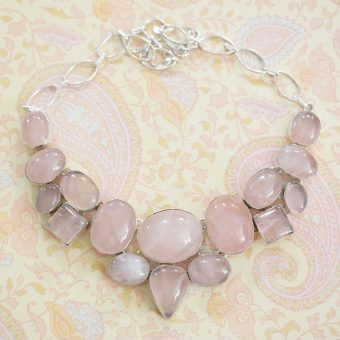 Pink-necklace-with-gemstones