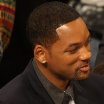 Will-Smith-has-an-earring