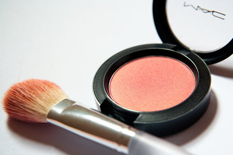 make-up-blush