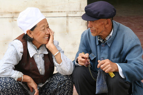 old-couple-smiling