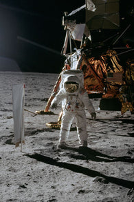 HISTORIC ASTRONAUT BUZZ ALDRIN ON THE MOON POSTER space suit gear 24X36