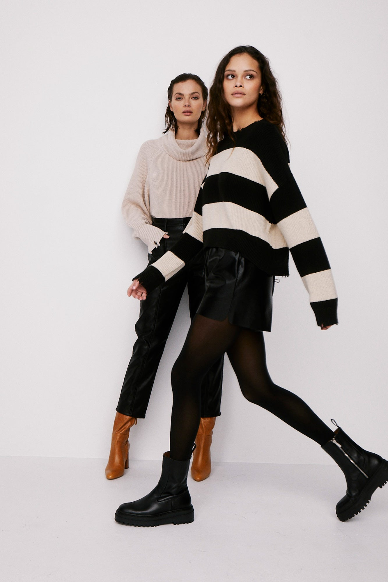 Eva Thick Stripe Crop Sweater - Black Oatmeal Stripe