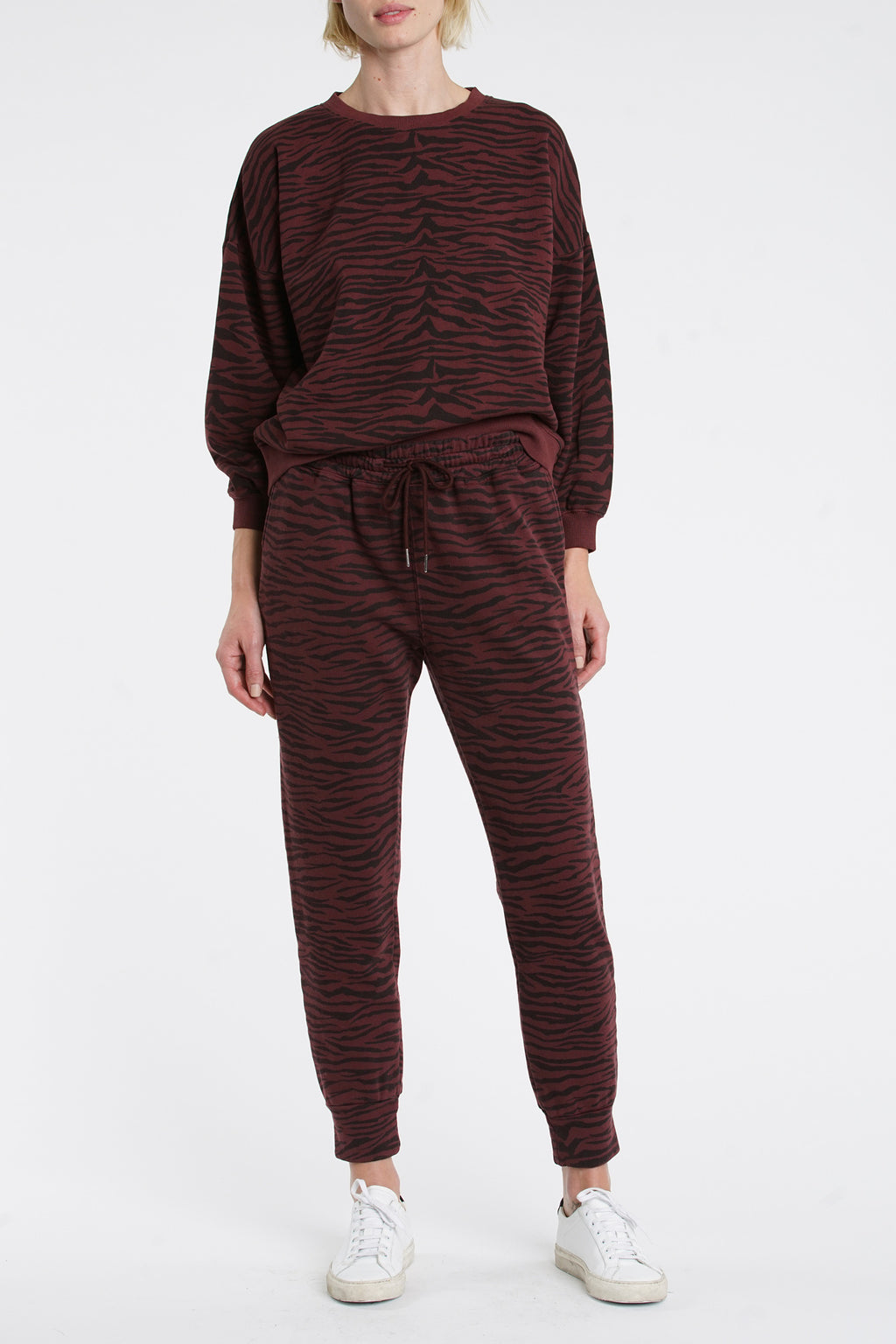 Misha Sweatshirt - Black Cherry Tiger