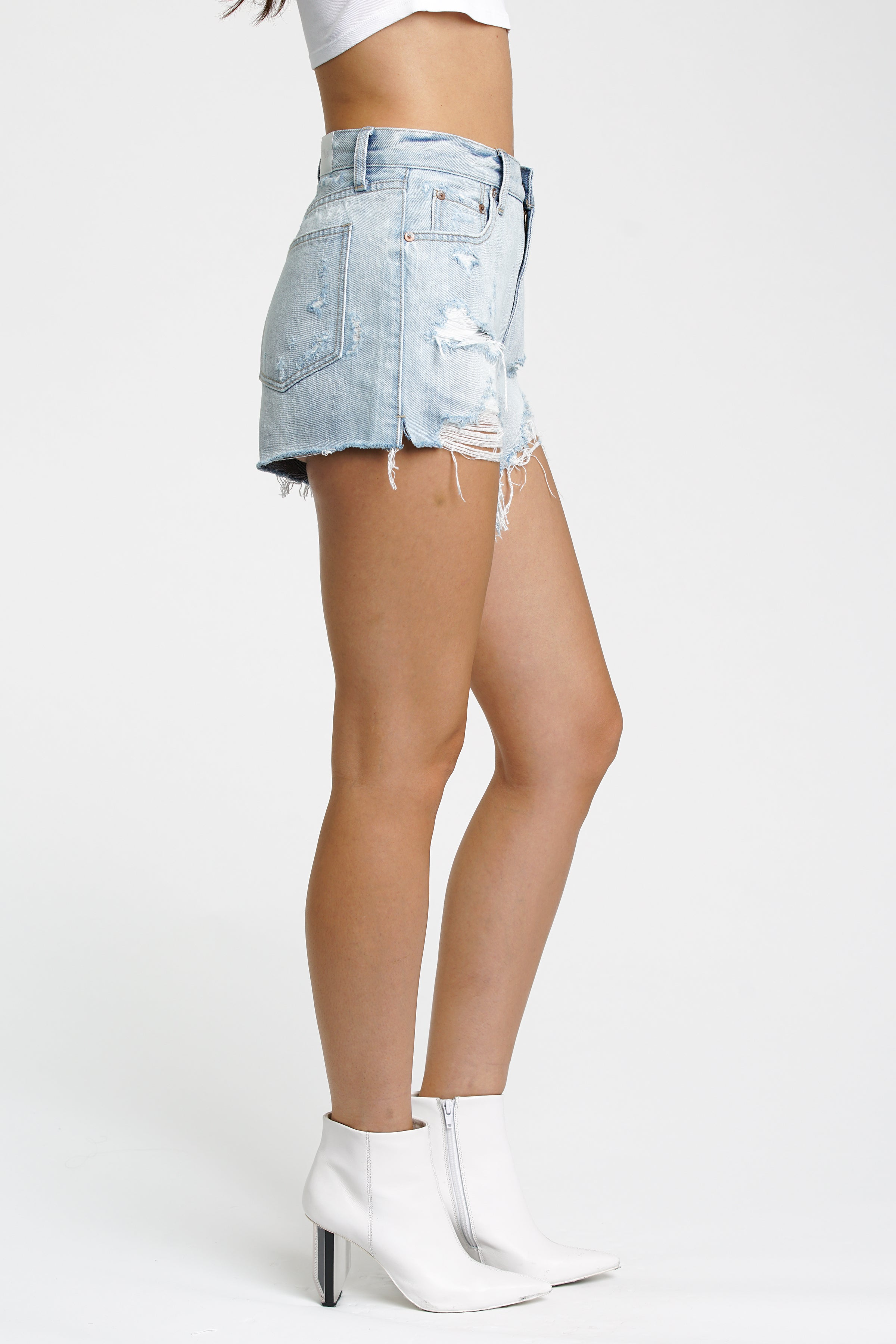 Nova Relaxed High Rise Cut Off - Chaser