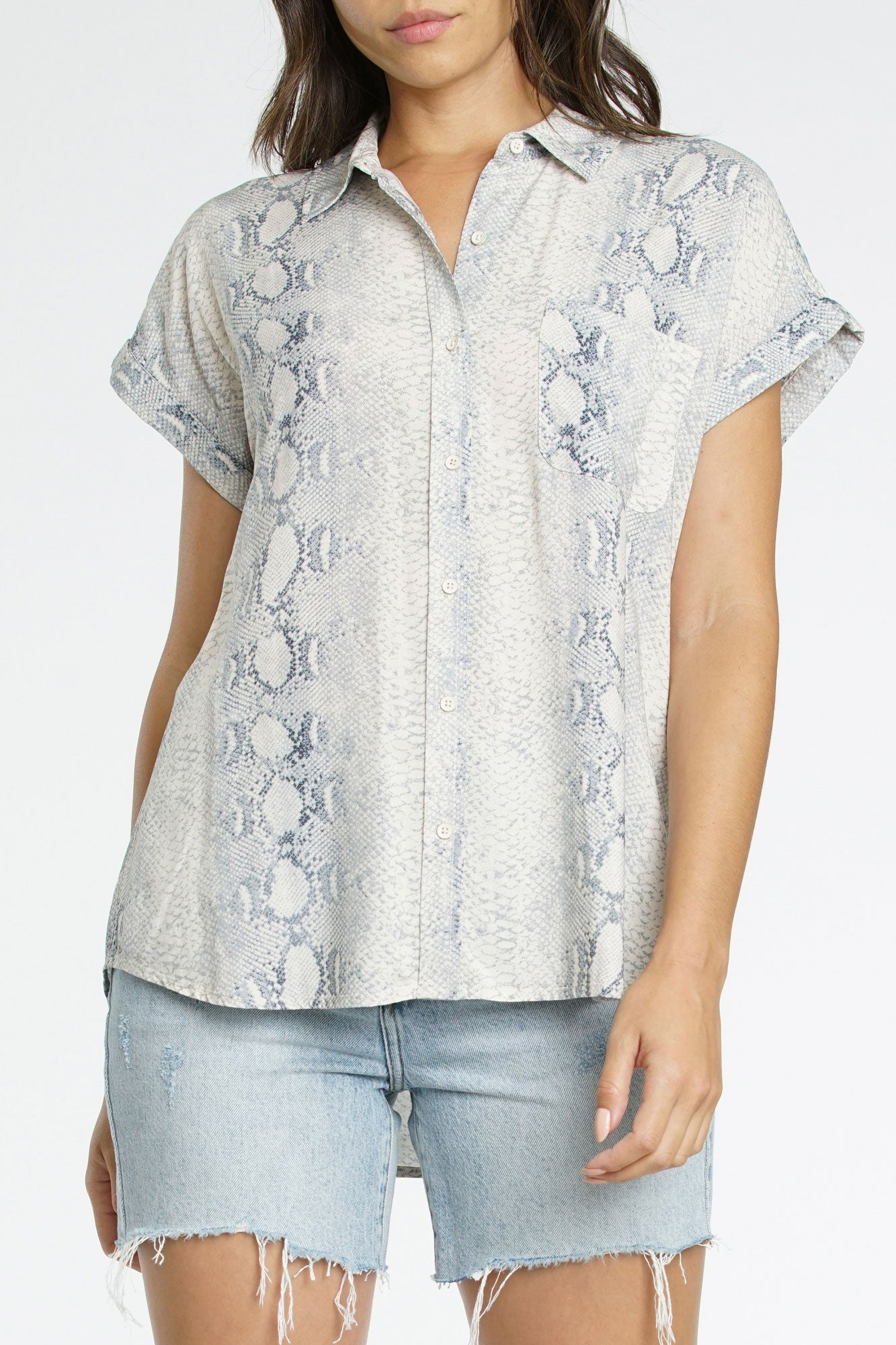 Ava Short Sleeve Button Up - Grey Snake