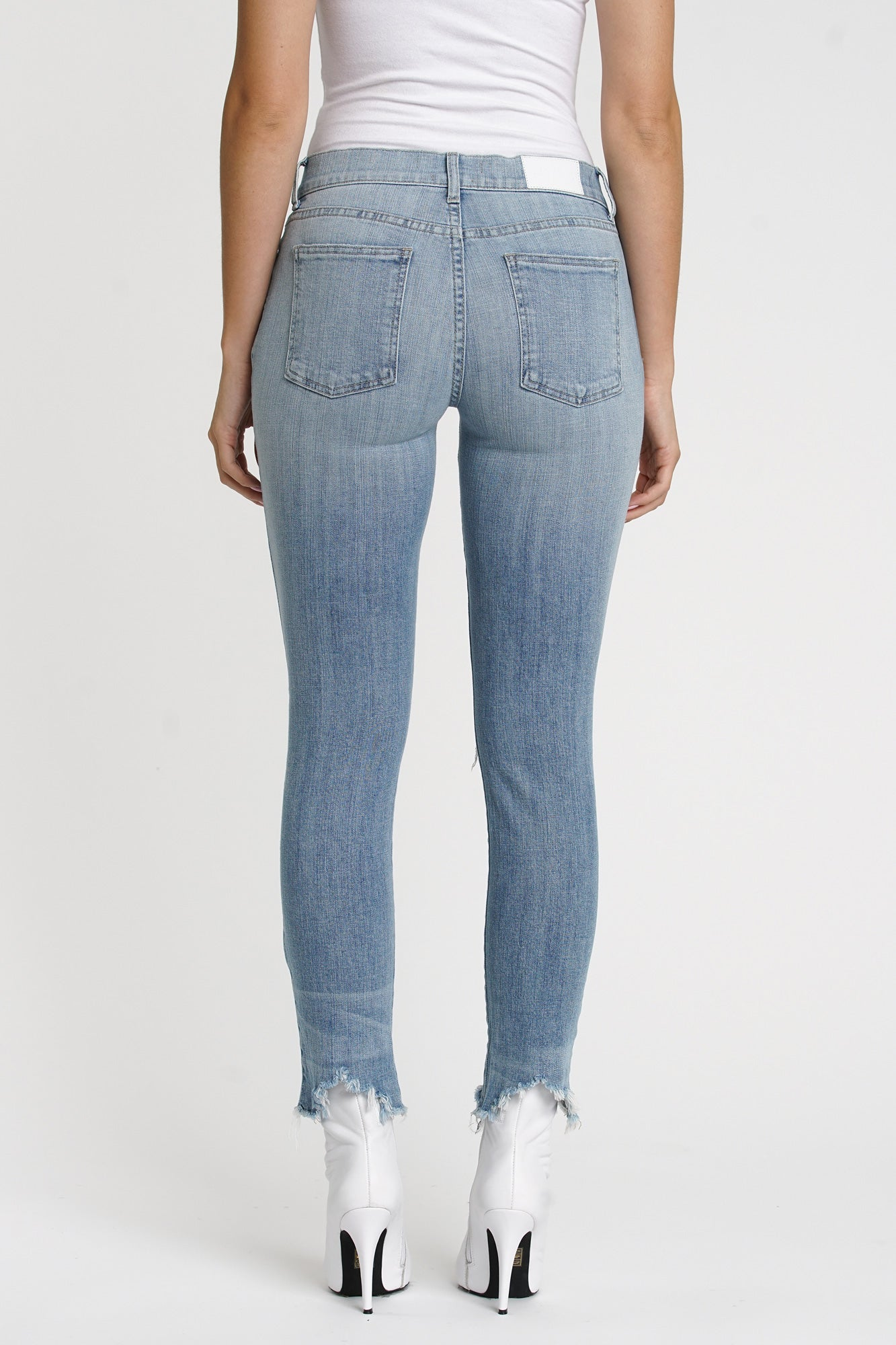 Audrey Mid Rise Skinny - Loved
