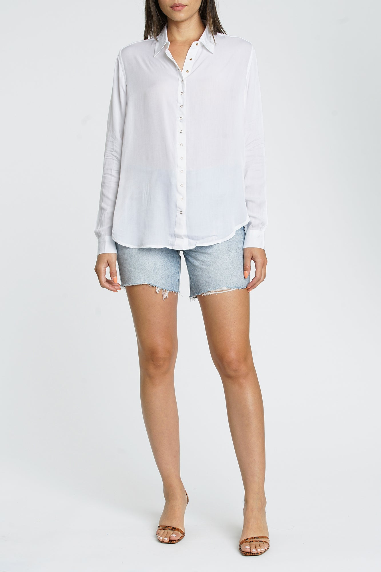 Elle Long Sleeve Front Snap Shirt - Blanc