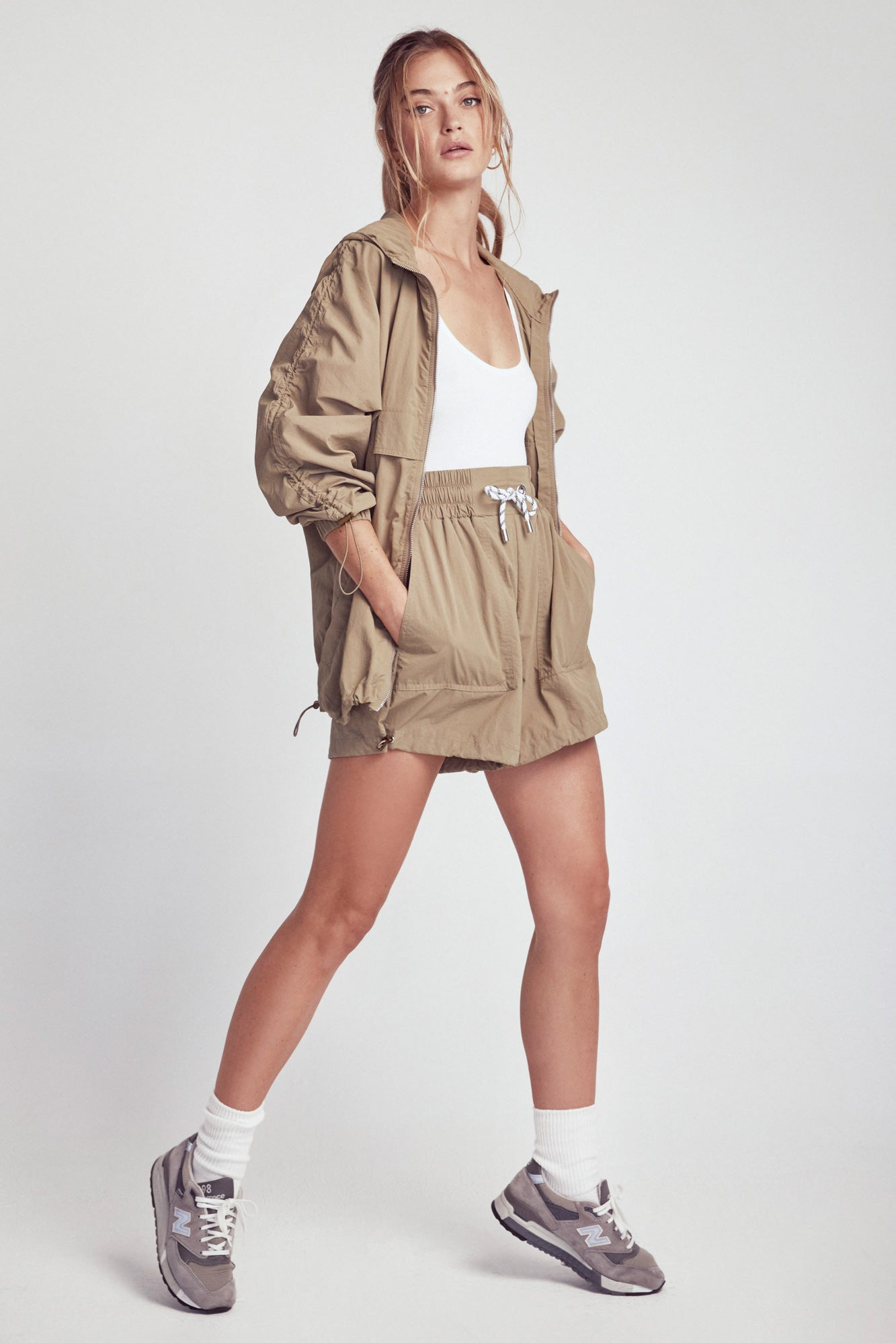 Savannah Windbreaker Shorts - Grass Green