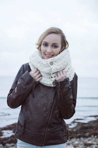 Aran Snood scarf with buttons