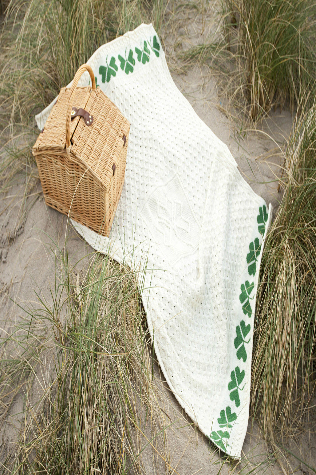 Traditional Aran Shamrock Throw