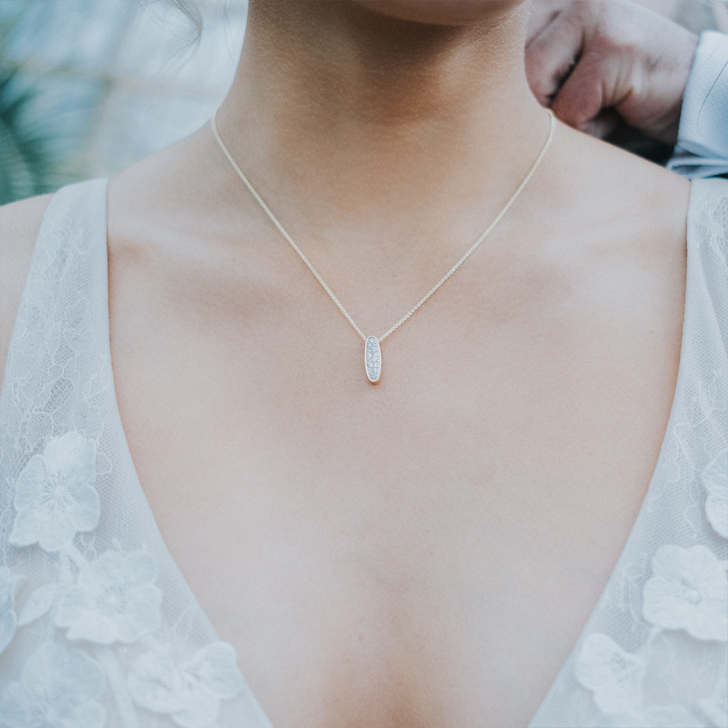 THE COLLETTE PENDANT