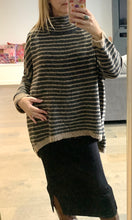 Jumper Oversized Tunic Style Charcoal & Brown