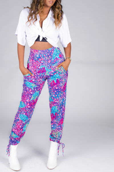 Body Contouring High Waisted Capri Leggings - Wild Child White